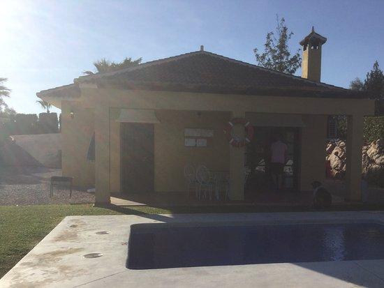 Periana, إسبانيا: Casa terrace and pool