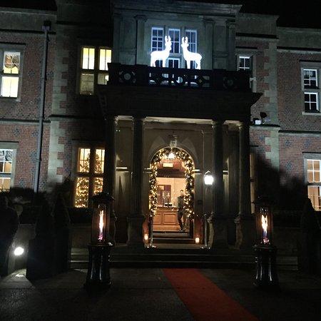 Hotels Near Holmes Chapel