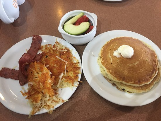 Denny's, Lubbock - 607 Avenue Q - Restaurant Reviews, Phone Number & Photos  - TripAdvisor