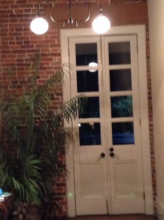 Natchitoches, LA: Foyer, door leading outside