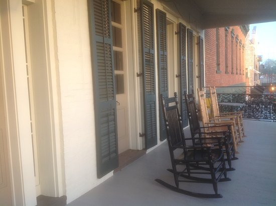 Natchitoches, LA: Balcony with rocking chairs