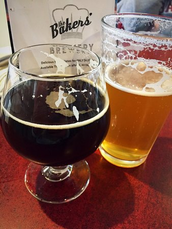 Silverthorne, CO: Good variety of beers. Good food selection. Nicely renovated interior and good service. A bit ov