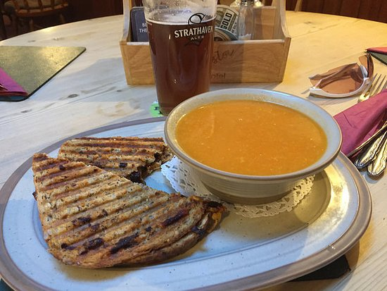 Blairgowrie, UK : Soup & toasties, lovely.
