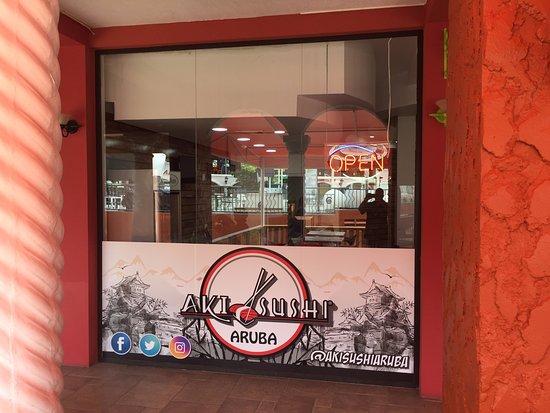 Aki Sushi: fachada