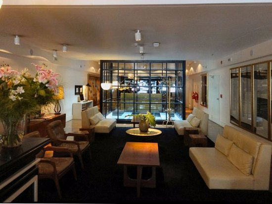 Hotel Pulitzer Buenos Aires: Lobby sitting area