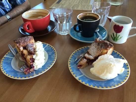 Scandic Cafe: Sanna's tasty home baked Scandinavian treats