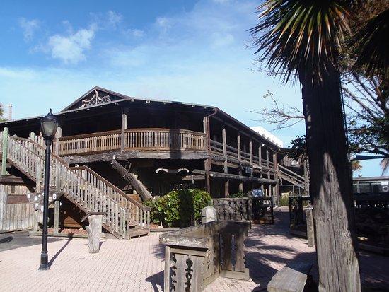 Driftwood Resort Resmi