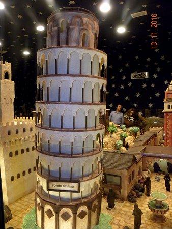 Rute, España: Monumentos de Italia en chocolate