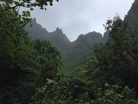 Hanalei, Χαβάη: View of Nepali coast mountains from Limahuli Gardens.