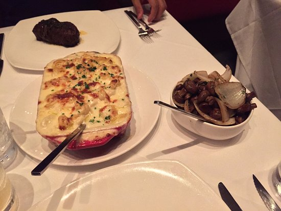 Red, The Steakhouse: Red
