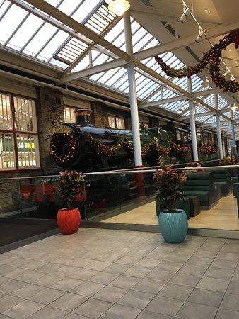 Hotels Near Swindon Outlet