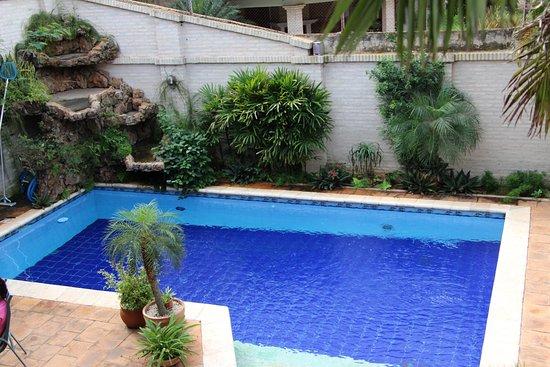 Piscina area recreativa fotograf a de sol de luque casa for Hotel casa de los azulejos tripadvisor