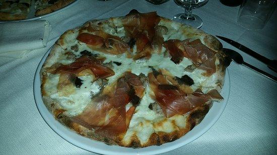 Penne, Italia: Posto fantastico.. continuerò a pubblicizzarli, pizza davvero troppo buona.. bravi  ragazzi!