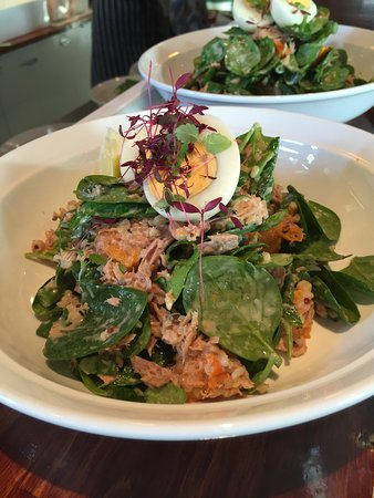 Toorak, Australien: Jedda's Fab Tuna Brown Rice and Quinoa Salad