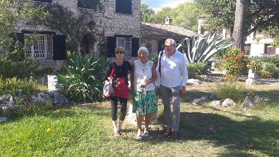 Saint-Jeannet, Γαλλία: ''La Bergerie '' Camping familial à Vence dans la nature et possédant  une magnifique piscine