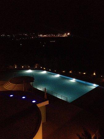 Ariti Grand Hotel Image
