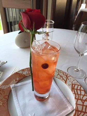 La Mer -  L'Aperitif: Romantic Cocktails