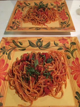 Orange Park, Флорида: Best spaghetti I've ever had.