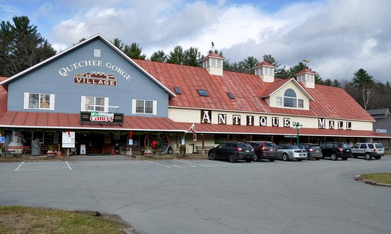 Quechee Gorge Village Vermont Antique Mall
