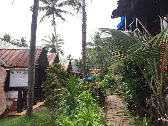Puthooram Ayurvedic Beach Resort : photo1.jpg