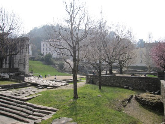 Sainte Colombe, Frankrike: Jardín Arqueológico de Cibeles