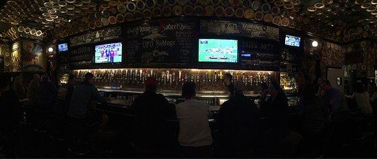 Sugar Land, TX: Great beer selection!