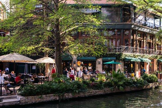 Hard Rock Cafe Riverwalk Prices