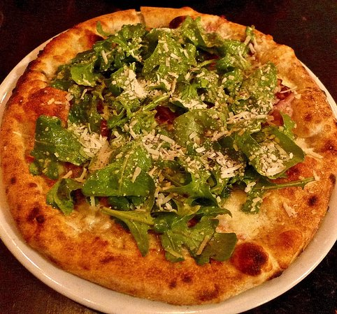 Kensington, Kalifornien: smoked pancetta and greens pizza - delicious!