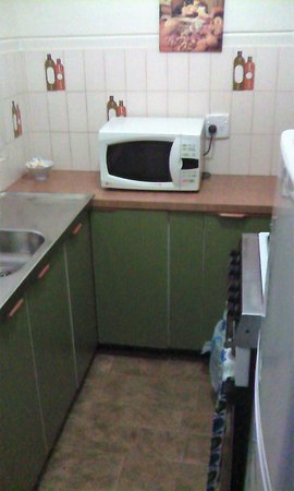 Merveilleux Greenways Apartments: Smallest Kitchen We Have Ever Seen And Used