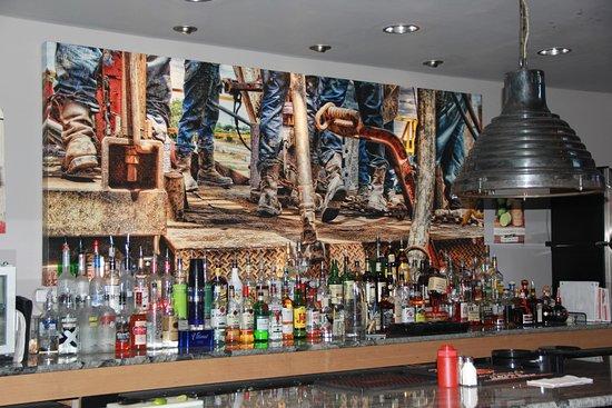 Midland, TX: Bar