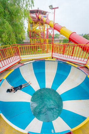 Sozo water park lahore 2018 all you need to know with - Swimming pool in bahria town lahore ...