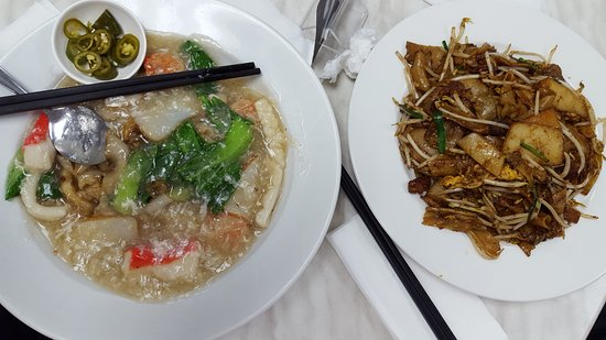 nanyang cafe seafood hor fun and char quay teow