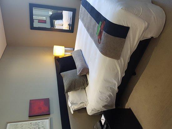 Fraser Suites Perth: 20161204_085039_large.jpg