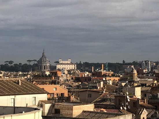 Genio Hotel: Views from the roof garden and restaurant