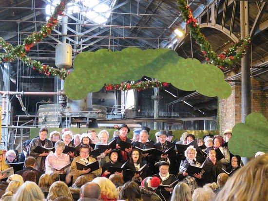 Ironbridge, UK: xmas choir