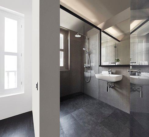 Hotel Mono Grey Mosaic Bathroom