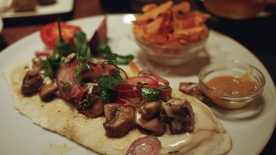 hummus barcelona vegetarian street food img 20161204 wa0002 large jpg