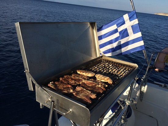 Firostefani, Yunani: Santorini Sailing