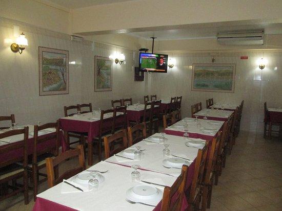 Sao Bartolomeu de Messines, โปรตุเกส: Sala de Refeição