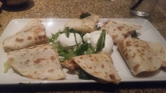 Addison, TX: Spinach & Chicken Quesadilla's