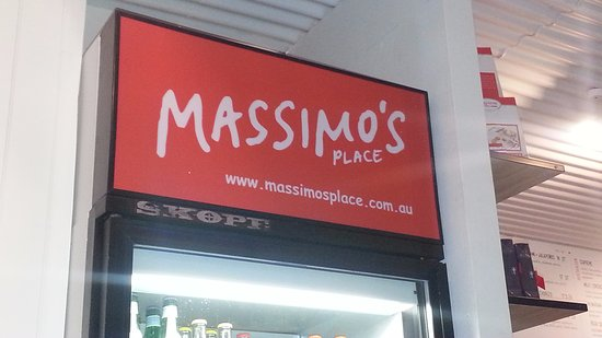 Denmark, ออสเตรเลีย: Massimo's Place logo above the fridge