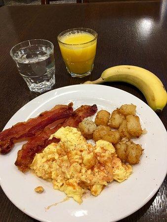 Lincolnshire, IL: Nice breakfast buffet!!!