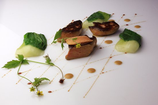 Falaise, Francja: Foie gras poêlé, chou chinois et arômes de Banyuls et Séchuan