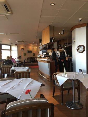 Villers-sur-Mer, France: Très bonne table abordable. Bon service. Bon accueil.