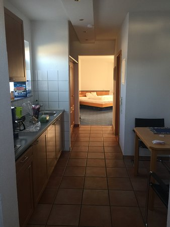 Sandhausen, Alemania: Kitchen and Nook