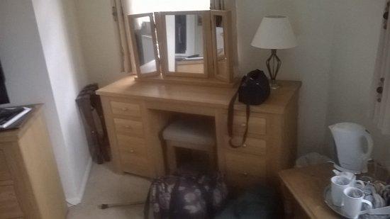 Boscastle, UK: quality furniture