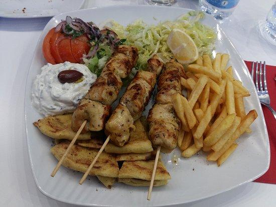 Gyros akropolis greek restaurant via guglielmo marconi for Akropolis greek cuisine merrillville in