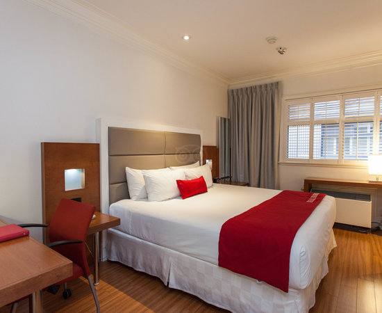 The Strathcona Hotel, Hotels in Toronto