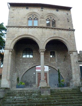 Palazzo di Valentino della Pagnotta