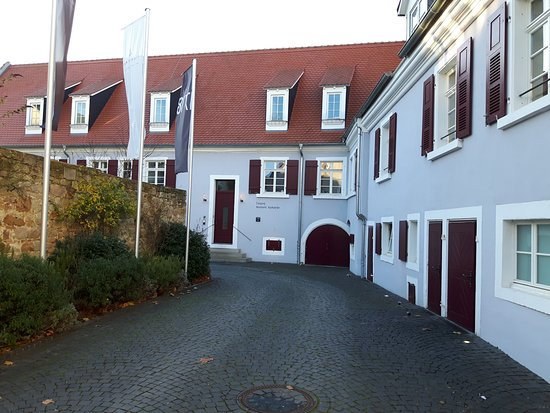 Deidesheim, ألمانيا: Teil des Hoteltrakts